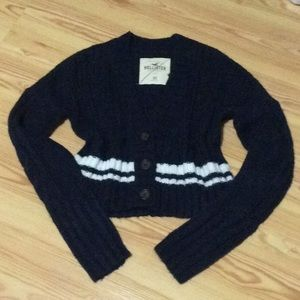Hollister v neck crop sweater New without tags!